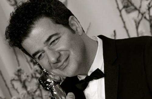 Ludovic-Bource-oscarise-pour-The-Artist-Les-Oscars-ca-rend-les-gens-fous-!_portrait_w532.jpg